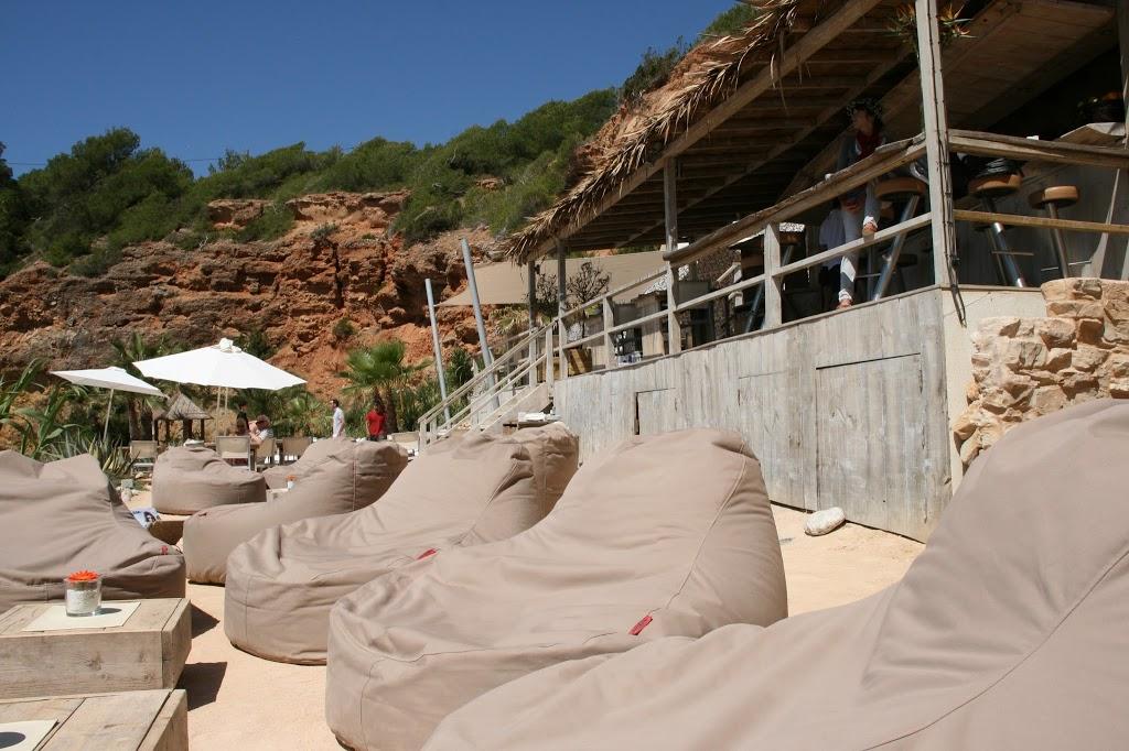 Deel III: Huwelijksreis Ibiza