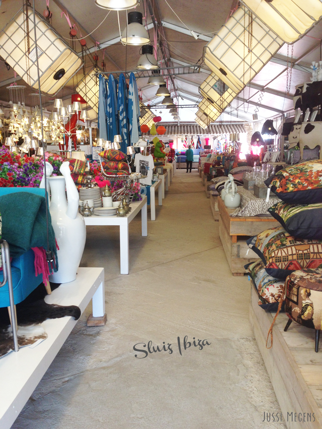 hotspot Sluiz - the biggest conceptstore of Ibiza